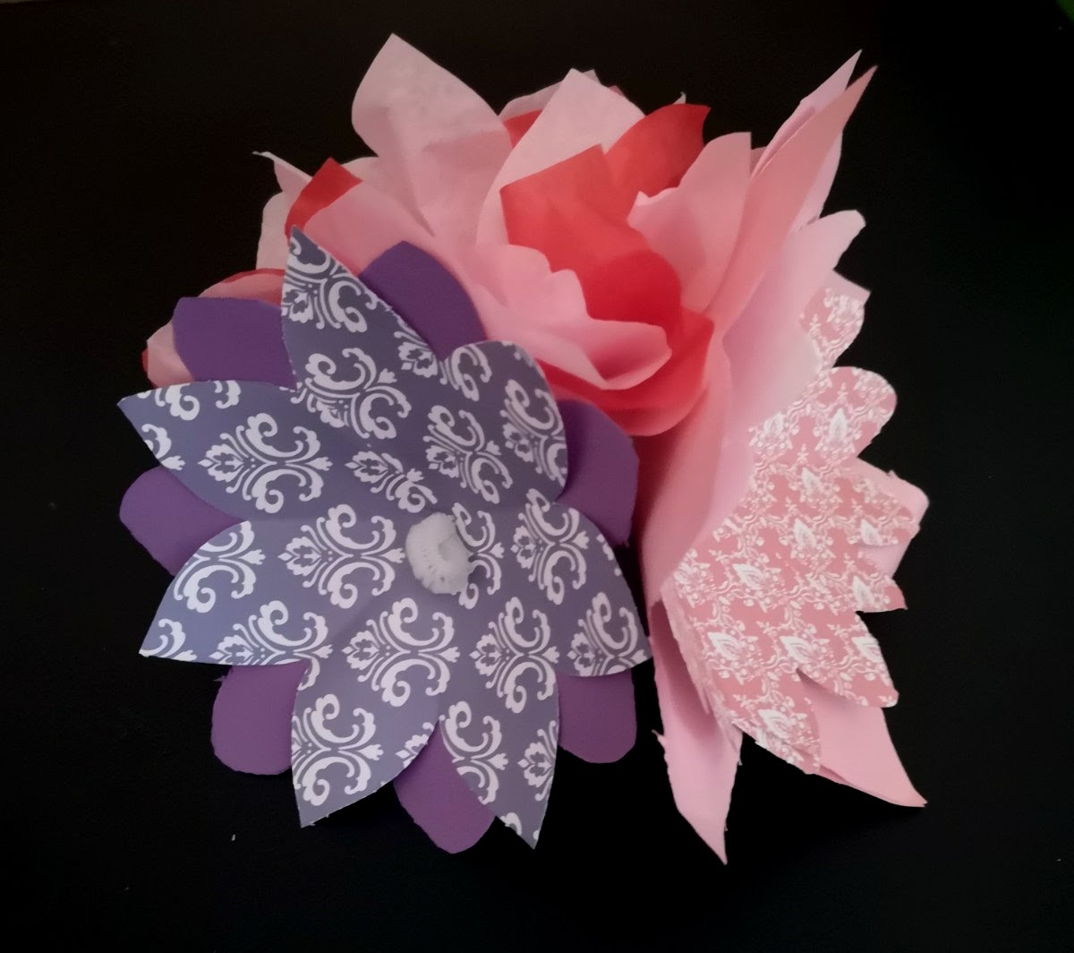 Sample artwork for Paper Bouquet art activity for Mother's Day
